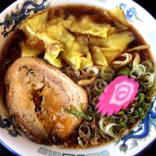醤油ワンタン麺(夏堀)