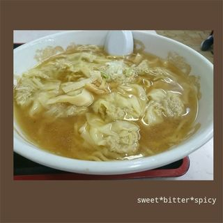 ワンタン麺(大丸)