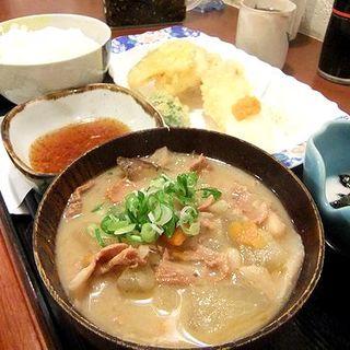 とり天豚汁定食(大名食堂)