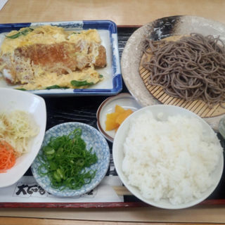 かつ煮とおそばランチ(大正庵釜春 南支店 )