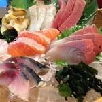 本日のセリ買い鮮魚盛 五種盛