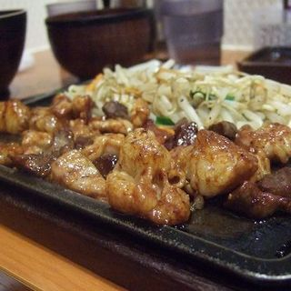 ホルモン定食(天神ホルモン 今泉店 )