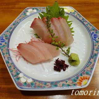 カンパチ刺身(季節料理 なか一 (なかいち))