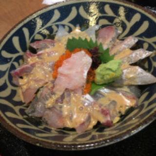 海鮮丼(寄り合い処 対馬)