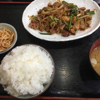 豚キムチ定食(和食とよま (とよま))