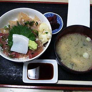 カンパチ・メダイづけ丼(寿司吉 )
