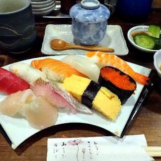 握りランチ(寿司居酒屋やまちゃん)