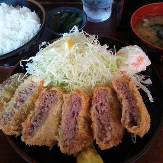 メンチカツ定食(巌窟王 (がんくつおう))