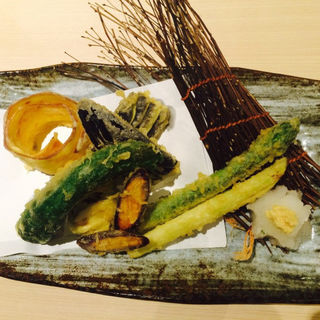 お野菜の天ぷら(島の恵みと喰らえ 匠~たくみ~ 大門浜松町店)