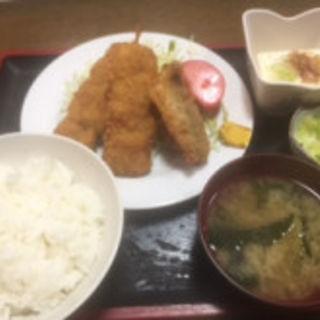 串カツ あじフライ定食(島田屋 川崎)