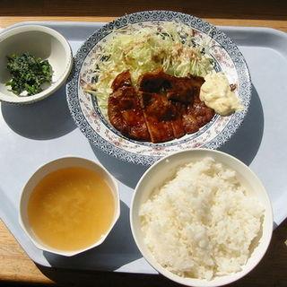 日替わり洋食ランチセット(帯広スカイレストラン)