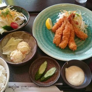 エビフライ定食(広小路キッチンマツヤ )