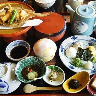 鯛めし(庭園茶寮 みな美 (みなみ))