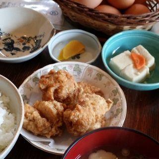 たまごかけご飯定食(弁天の里 (たまごかけご飯専門店))
