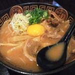 徳島ラーメン・肉入り・大盛