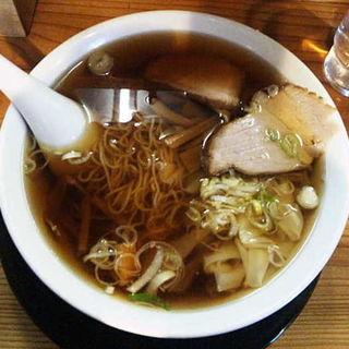ワンタン麺(志のぶ支店 二十人町店 )