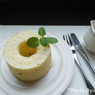 ケーキセット(シフォンケーキ+コーヒー)(手作りケーキとコーヒーのお店・シフォン)