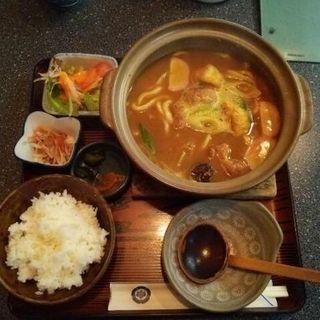 カレー煮込み定食(手打めん処 三朝 )