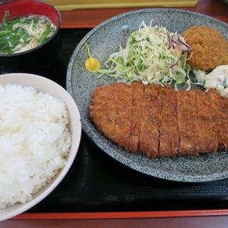 とんかつ定食(新橋 ごはん亭 )