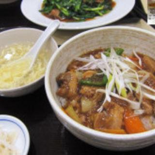 豚角煮丼(方方餃子王 イオン鎌ヶ谷店 )