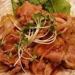 今日のランチ(豚肉と玉葱のBBQソース炒め)
