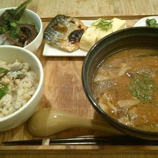 一汁寛菜定食(晴レ男 )