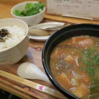 豚汁定食(晴レ男 )