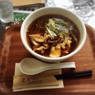 かしわ蕎麦(更來 (サライ))