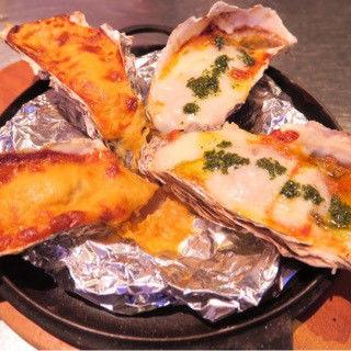 焼き牡蠣3種 雲丹クリーム トマトモッツァレア(東京オイスターバー)