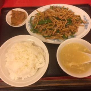 青椒肉絲定食(東方紅飯店)