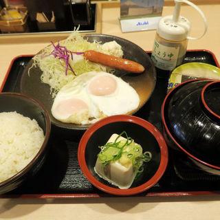 ソーセージエッグ定食(豚汁変更)(松のや 板宿店 )