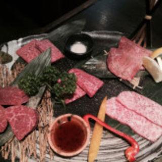 焼き肉の盛り合わせ(松井 (まつい))