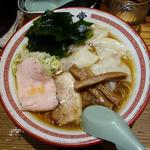 ワンタンそば(塩)(松戸中華そば 富田食堂 )