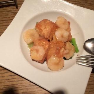 海老と揚げ豆腐の柚子胡椒あんかけ
