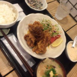 チキン南蛮定食(梅山鉄平食堂 )