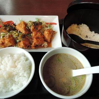 油淋鶏(ユーリンチー)+ごはんモリモリセット(横濱家 八王子みなみ野店 (よこはまや))