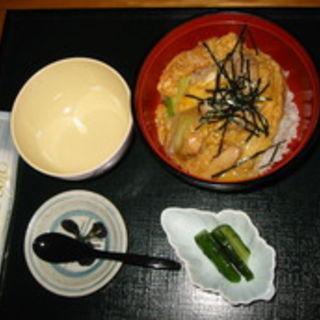 ミニ親子丼(江戸流手打蕎麦 岡山)
