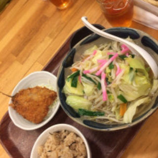 そばセット(野菜そばにジューシー)(沖縄リパブリック 談四朗キッチン)