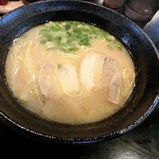 ワンタン麺(泰星ラーメン)