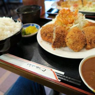 ミンチカツ定食(ライス大盛)(洋食 キャベツ 板宿店 (キャベツ))
