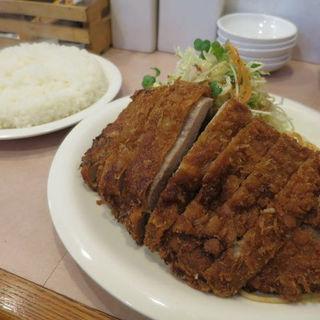 ロースかつ・ライス(洋食・とんかつ たちばな)