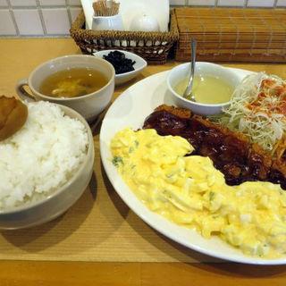 チキン南蛮風チキンカツ(お値段失念)(洋食Cucina (ヨウショククッチーナ【旧店名】きまぐれCucina))