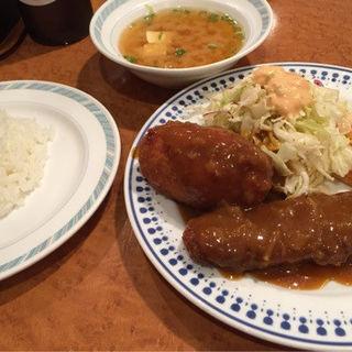 エビクリームコロッケとビフカツ定食(洋食ゲンジ)