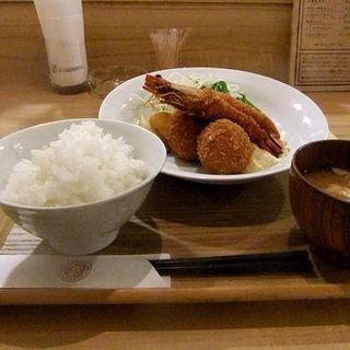 カニクリームコロッケ&海老フライセット(洋食堂 はなや )