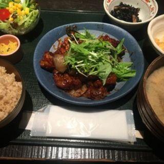 豚と野菜の辛みそ炒め(日替わり)(海遊山楽ゆう銀座店)