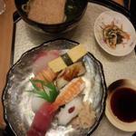 握り寿司とうどんセット(海鮮料理 きとら 淡路夢舞台店 )