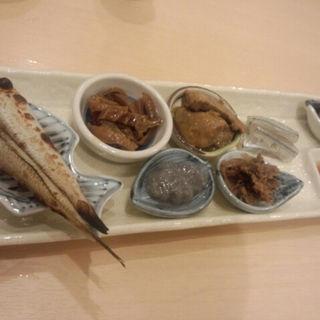 酒あて7種もり(海鮮料理 海 (うみ))