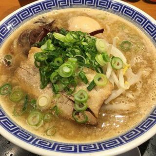 鶏のまば炊きとこ豚らーめんの玉子入り(清麺屋)