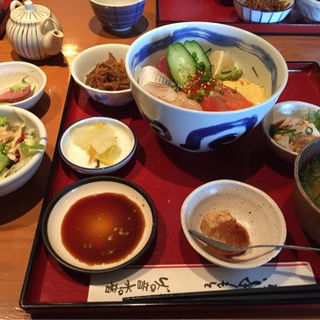 海鮮丼(火の音水の音恵比寿店)