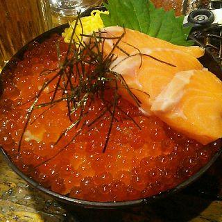 天然トキ鮭親子丼(炉ばた煉瓦 (ろばたれんが))
